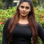 Iniya Biography,Profile,Age,Height, Weight, Wiki,Husbend, Family