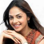 Richa Pallod Biography,Age,Height,Weight,Wiki,Husband,Family,Profile Info