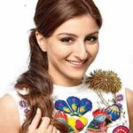 Soha Ali Khan Biography,Height, Weight, Wiki,Husbend, Family